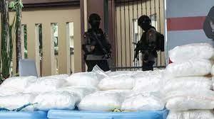 снимка, В Индонезия заловиха метамфетамин на стойност 82 милиона долара, арестувани са 17 души