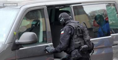 снимка, Мащабна акция срещу наркотиците във Варна, 13 са окошарени