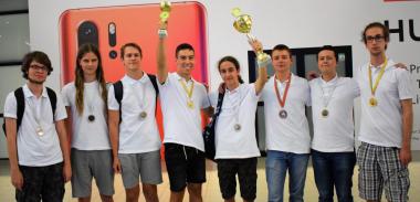 снимка, Златно завръщане с 2 купи и 8 медала за българските ученици от Олимпиадата на Метрополисите