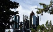 снимка, Drug cartel 'narco-antennas' make life dangerous for Mexico's cell tower repairmen
