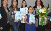 снимка, Наградени бяха спечелилите ученици в конкурса по превенция на наркоманиите за 2015 - 2016 учебна година