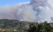 снимка, С пълни сили продължава и днес гасенето на големия горски пожар над Кресненското дефиле