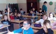 снимка, Екипът на ОбСНВ на среща с ученици