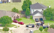 снимка, Полицията в САЩ откри пет трупа в частен дом, сред загиналите има и деца