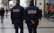 снимка, Нападение с нож срещу полицаи в Париж