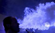 снимка, Първи случай на мъж, умрял от електронна цигара в света