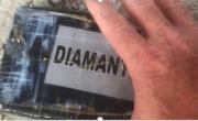 "снимка, Hurricane "" Dorian"" dumped cocaine packages on Florida beach"