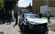 снимка, Няма такъв карък: Фиркан шофьор се натресе в патрулка в Лом