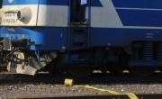 снимка, Трима са в болница, след като влак отнесе кола, кантонерът бил пиян