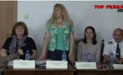 """снимка, """"Наркотици"""" и """"Агресия"""" бяха темите на вчерашната дискусия с младите хора в Районен съд Гоце Делчев"""