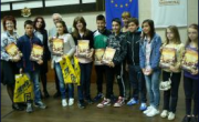 снимка, Награждаване на спечелилите в конкурса за ученици по превенция на наркоманиите за 2014 -2015 учебна година