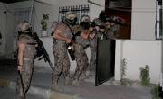 снимка, Най-малко 75 души са задържани в антинаркотична операция в Истанбул